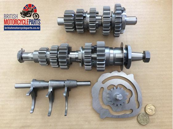 00-0068 5 Speed Gearbox Complete Triumph T150V T160 - British MC Parts NZ