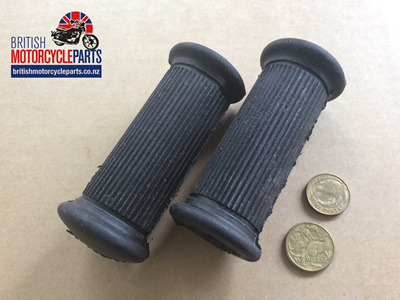 01-0847 Riders Footrest Rubber - AMC/Norton - PAIR