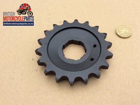 04-0458 Gearbox Sprocket 18 Tooth - Commando