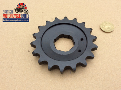 04-0458 Gearbox Sprocket 18 Tooth - Commando