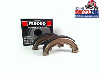 06-0006 Commando Front Brake Shoes - Ferodo