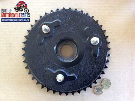 06-0319 Brake Drum & Sprocket - Commando 1968-70