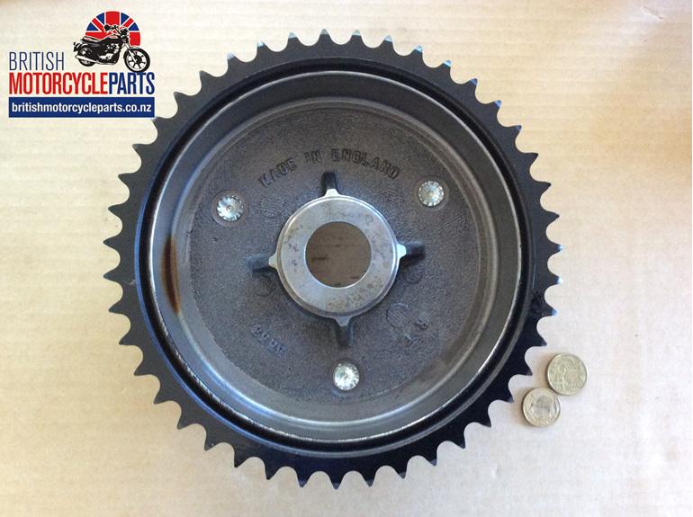 06-0319 Brake Drum & Sprocket - Commando 1968-70 - British Motorcycle Parts NZ