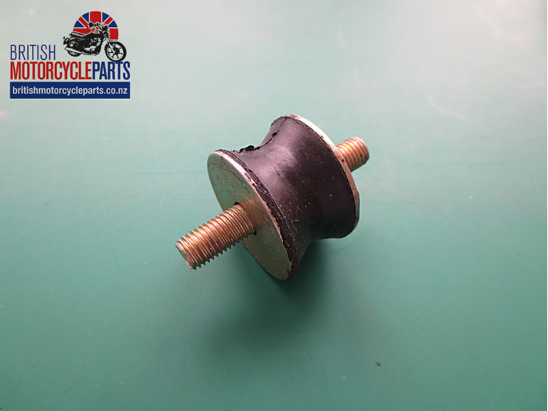 06-0622 Exhaust Rubber Mount - Norton Commando - British Motorcycle Spare Parts