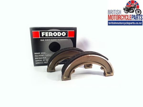 06-0828 Norton Dominator and Commando Rear Brake Shoes - Ferodo FSB922