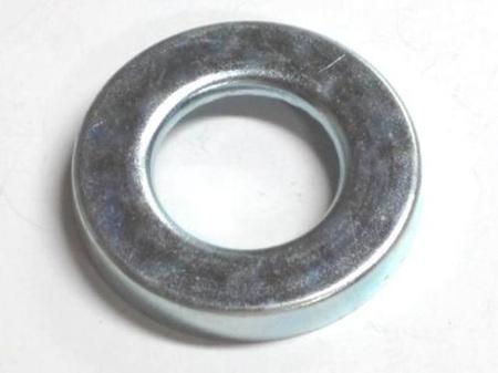 37-1654 RH Dust Cover - Rear Wheel Bearing - 37-0583
