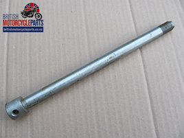 37-7113 Rear Wheel Axle - Disc - BSA Triumph