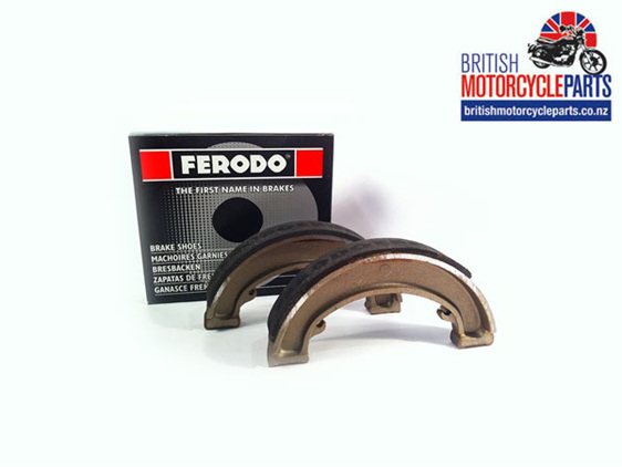 "40-5525 Ferodo FSB 918 Brake Shoes 6"" FWH - BSA C15 B40 - British Parts NZ"