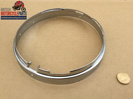 """553267 Headlight Rim Inner Fixing Ring - 7"""" Chrome"""