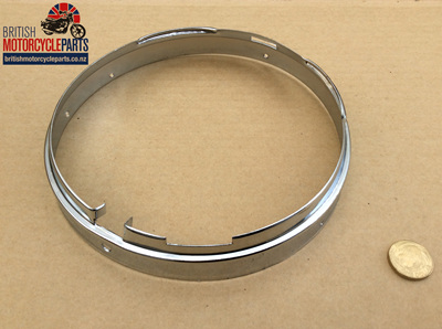 "553267 Headlight Rim Inner Fixing Ring - 7"" Chrome"