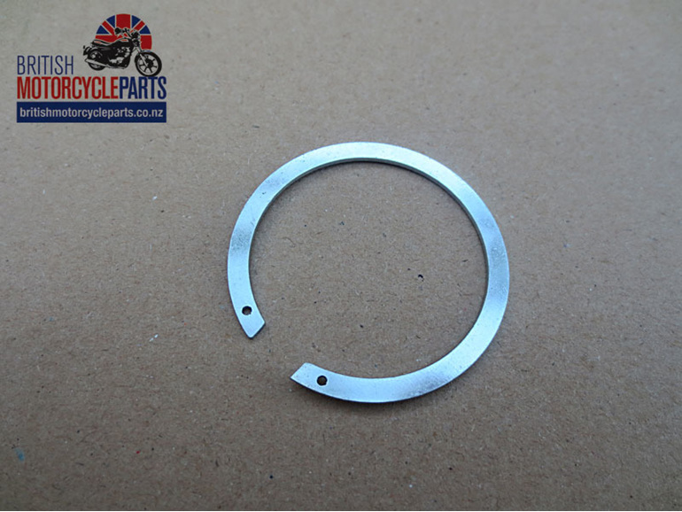 57-0280 Circlip - Gearbox Bearing Dust Cover - Wheel Bearing - British Spares