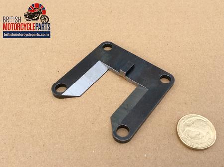 57-0407 Gear Change Guide Plate - 650/750