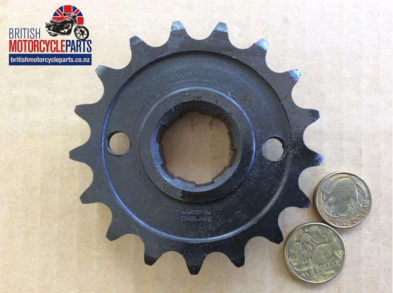57-1476/17 Gearbox Sprocket 17 Tooth Triumph 500cc