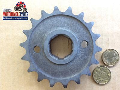 57-1476/18 Gearbox Sprocket 18 Tooth Triumph 500cc