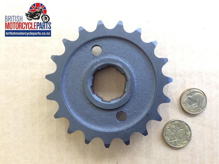 57-1476/19 Gearbox Sprocket 19 Tooth Triumph 500cc - British Parts - Auckland NZ