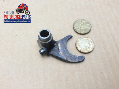 57-1480 Mainshaft Selector Fork - Triumph 350 500