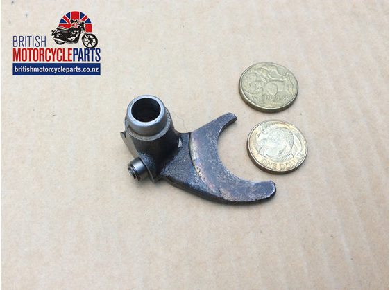 57-1480 Mainshaft Selector Fork - Triumph 350 500 - British Parts - Auckland NZ