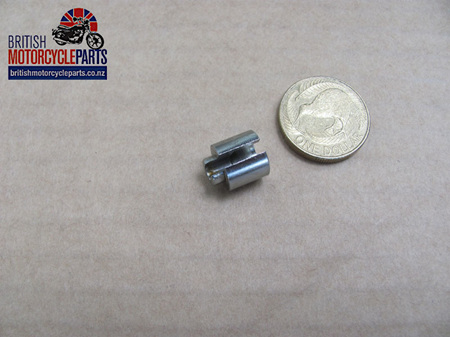 57-2062 Clutch Cable Slotted Adaptor - Short