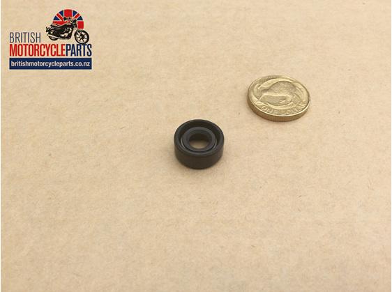 57-3644 Clutch Pullrod Seal - Triples