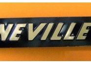 60-4385 Bonneville 750 Side Cover Badge Gold/Black