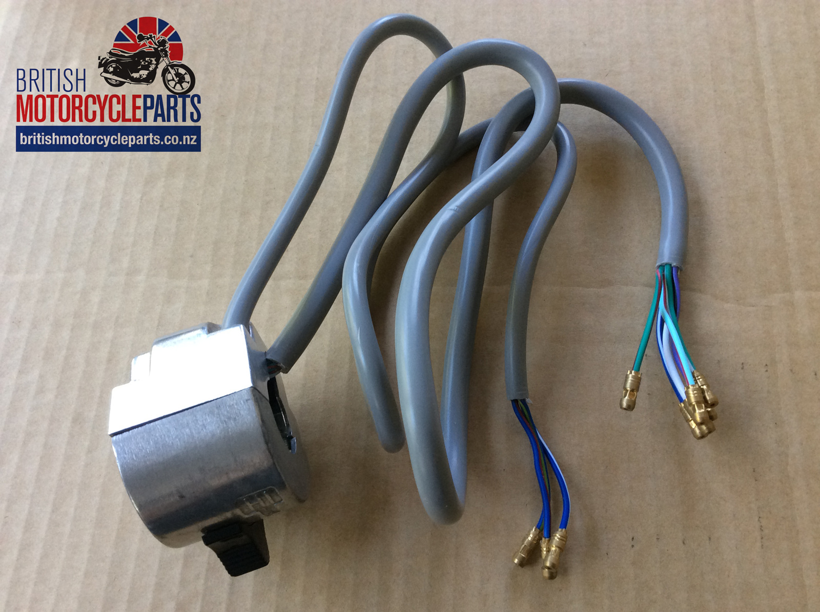 19 1965 30447 60 4586 30707 Triumph T140 T160 Lh Switch Gear 1975 78 How To Wire A Power Nz