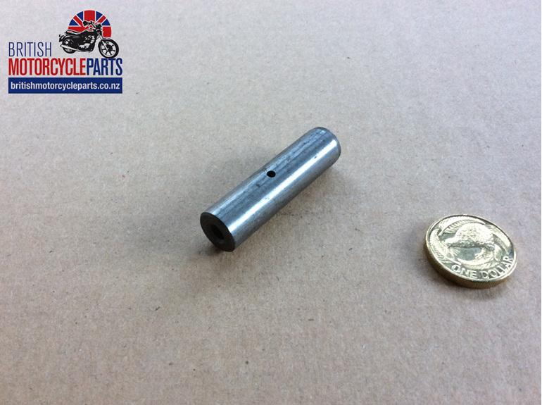 70-0375 Intermediate Gear Spindle TRI 500 650 750cc British Motorcycle Parts NZ