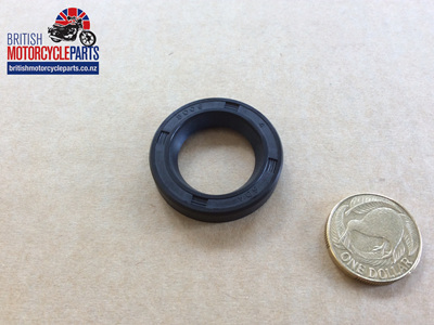 70-4578 Clutch Cover Oil Seal A65 T120 1963-67