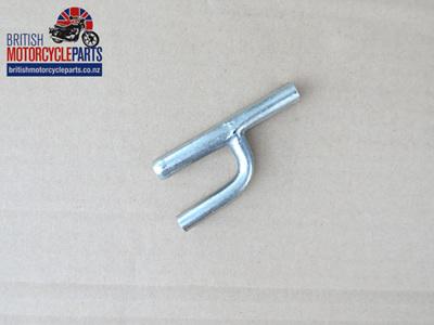 70-5370E Breather Pipe T Piece - Triumph 1963-67