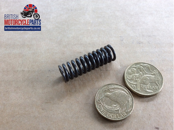 70-6130 Spring Main Oil Filter T150 T160 - British Motorcycle Parts Auckland NZ
