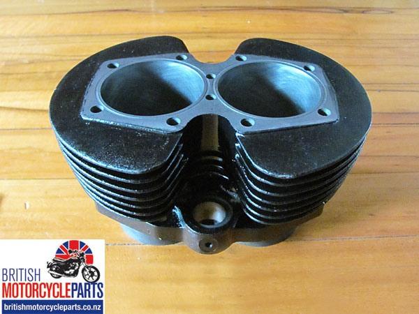 71-4005 Triumph 750cc Cylinder Block T140 Barrels TR7 Barrels