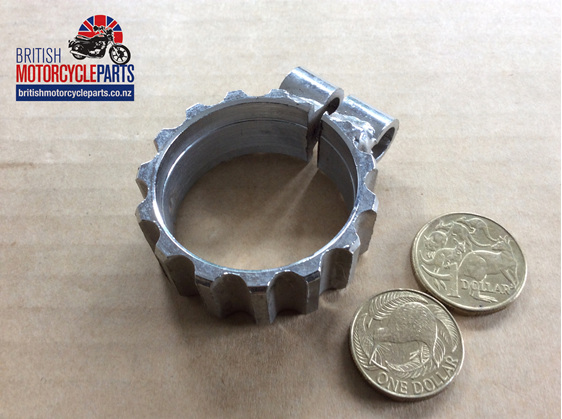 71-4459 Exhaust Clamps - Triumph T160 Trident - British Motorcycle Parts NZ