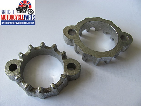 71-7291 Exhaust Pipe Clamp Finned Clip - 1982 Triumph TSS - British Spare Parts