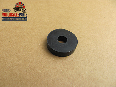82-0967 Petrol Tank Mounting Rubber - Rear