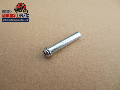 82-3334 Fuel Pipe Spigot - Straight
