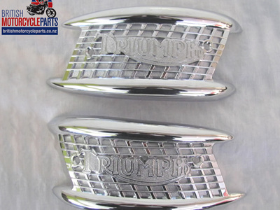 82-4127 82-4128 Tank Badges PAIR - Triumph 1957-65