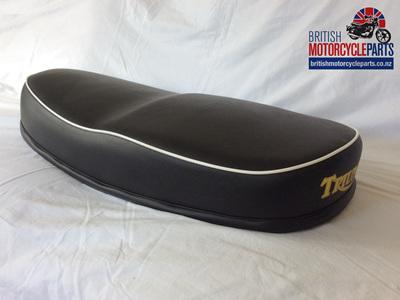 82-4239B T120 T100 5TA 3TA Seat 1963-66 - Black Top