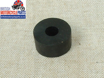82-5228 Fuel Tank Mounting Rubber - Triumph - Front