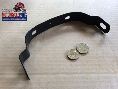 82-6915 Rear Guard Bracket - T100 T120 T150