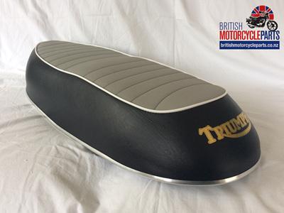 82-7776 Triumph T100 T120 Twinseat - Grey Top 1967