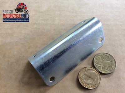 82-8082 Condensor Pack Bracket T100 T120