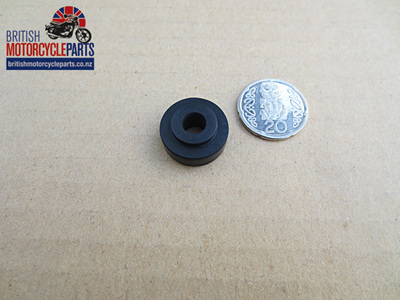 82-9321 Oil Cooler Mounting Rubber - Triples