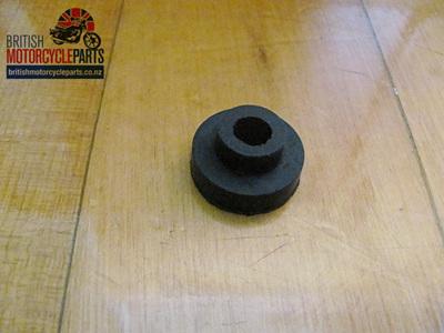 82-9543 Petrol Tank Spigoted Rubber - BSA/Triumph