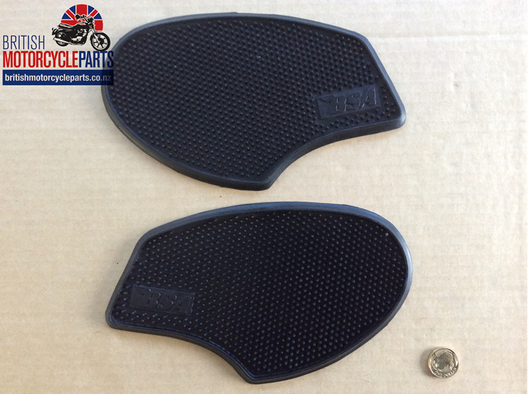 82-9722 82-9723 Knee Grips - B25 B44 A65 - British Motorcycle Parts Auckland NZ