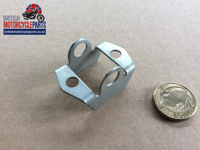 83-3665 Choke Lever Bracket - Triples