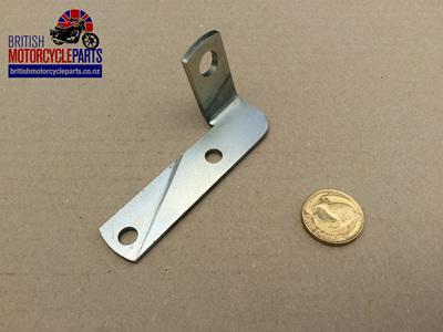 83-7064 Brake Pipe Bracket - LH Disc