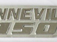 83-7252 Bonneville 750 Badge 79on Silver/Grey EACH