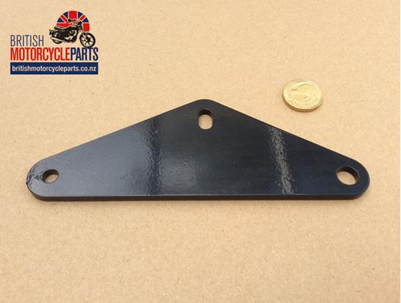 83-7582 Muffler Bracket T140 1980on