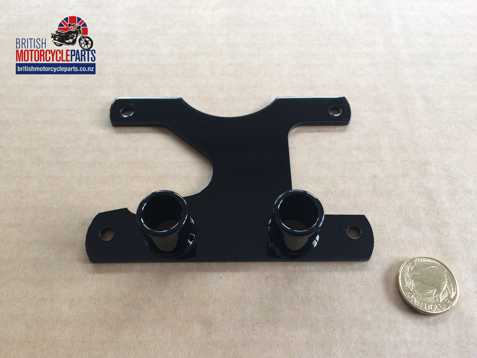 97-1946a speedo tacho mounting bracket - triumph - british