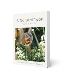 A Natural Year - Wendyl Nissen