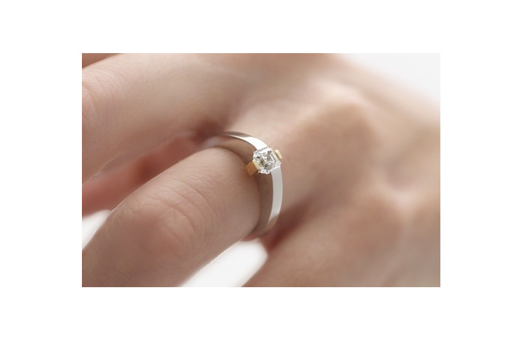 Adbridgd Assher Cut Diamond ring in platinum and 18ct yellow gold